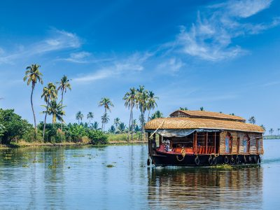Kerala Splendor with Houseboat