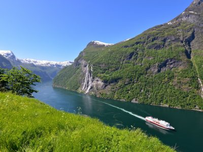 Explore Fjords of Norway 8 Days